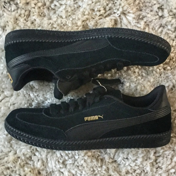 69bb0cbbb74 Puma Astro Cup Lifestyle Soccer 36442305 Suede 10 NWT